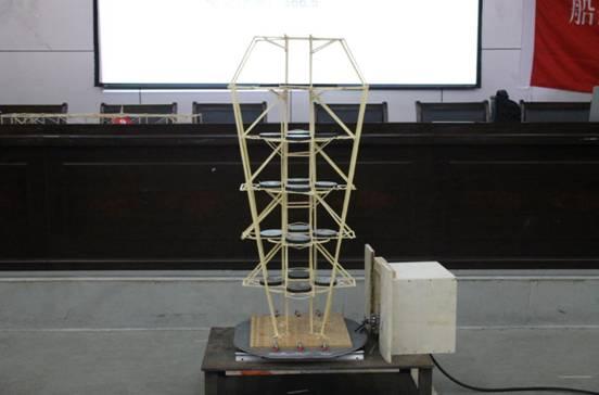 """此次大赛的题目为""""塔式停车楼""""的结构设计"""